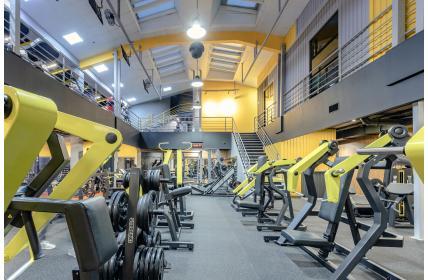 В Москве открылся новый ультрасовременный фитнес-клуб «JUST GYM»!